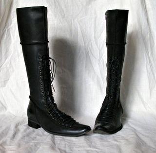 Blackboots_large